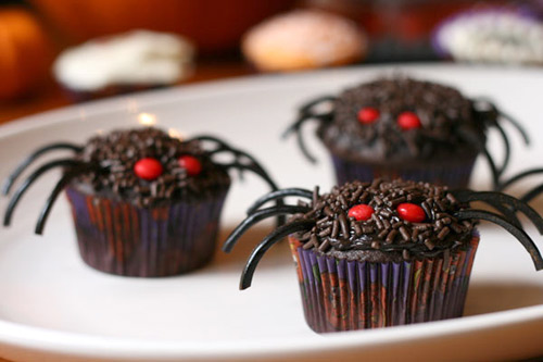 10 Easy DIY Halloween Treats